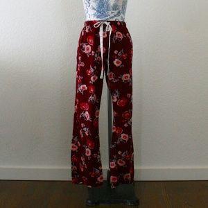 Gilligan & OMalley Floral Pants